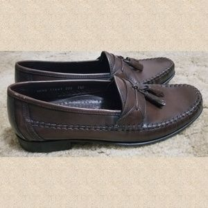 Like New Florsheim loafers